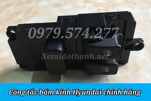 Công Tắc Bấm Kính HD65 HD72 HD99 HD120SL HD800 Giá Tốt - Phụ Tùng Hyundai 1