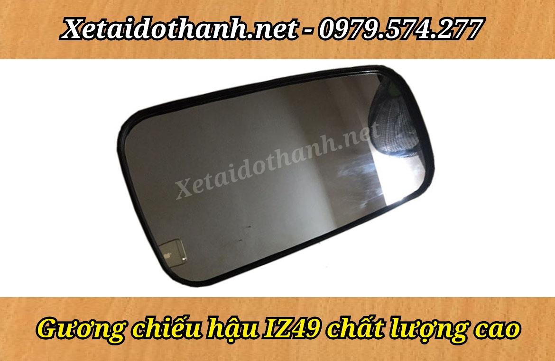 GUONG CHIEU HAU IZ49 CHINH HANG