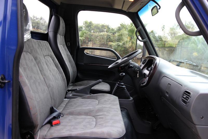 Nội thất Hyundai HD800