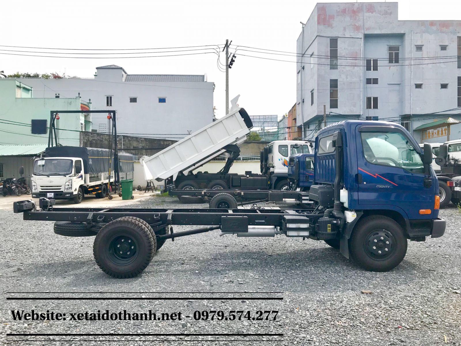 Xe Hyundai 8 Tan