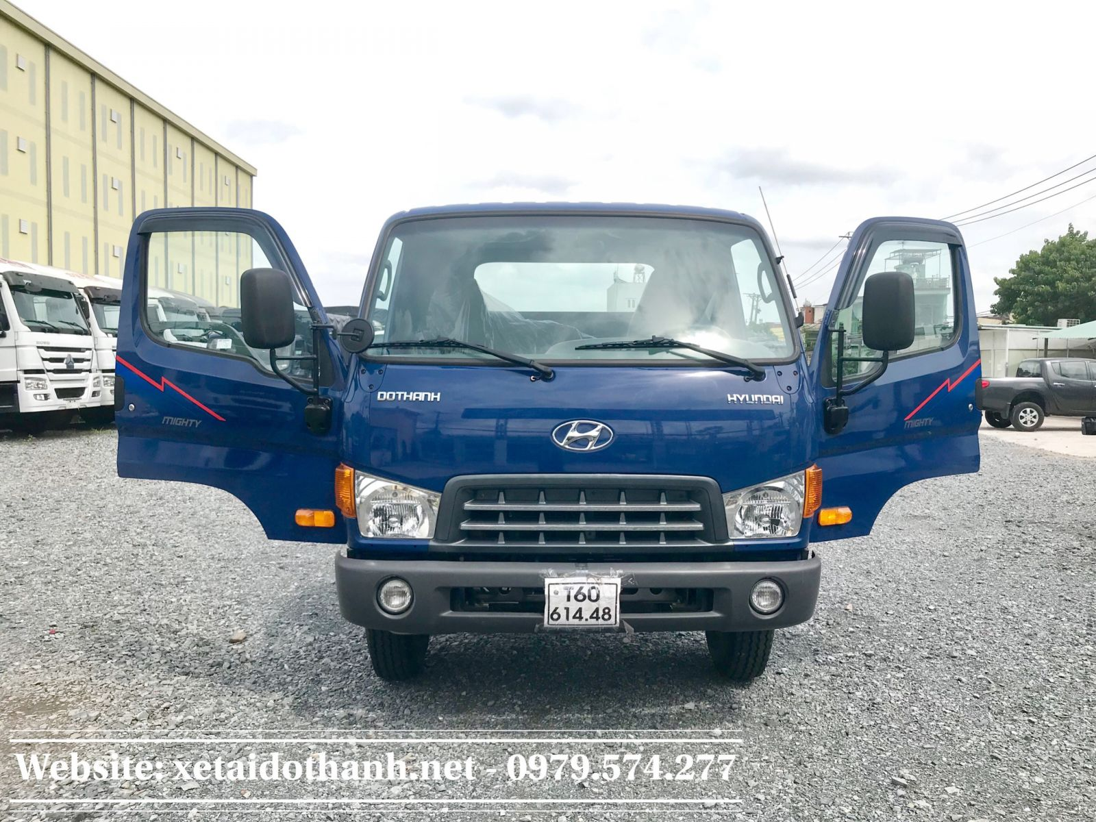 Hyundai 8 tan